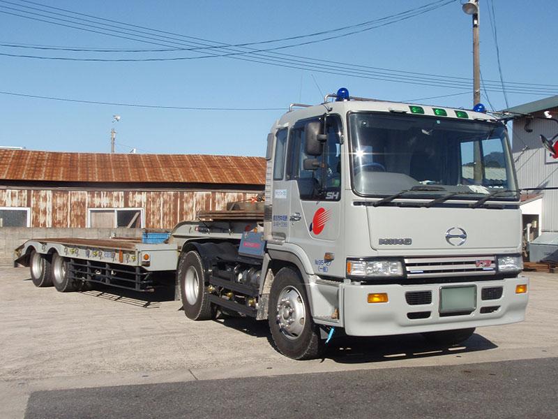 重量物運搬トレーラー